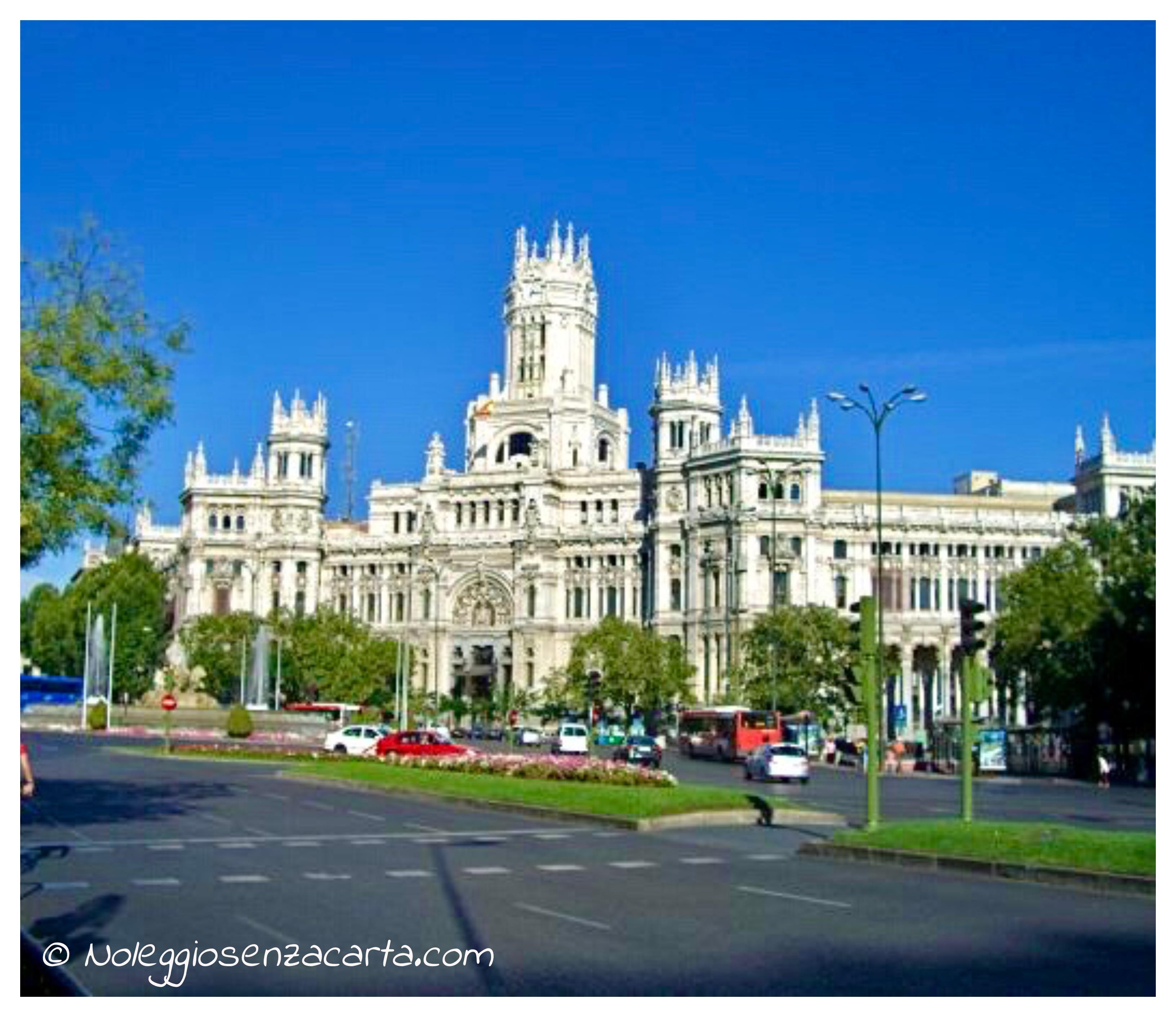 Alquiler coche Madrid sin tarjeta de crédito
