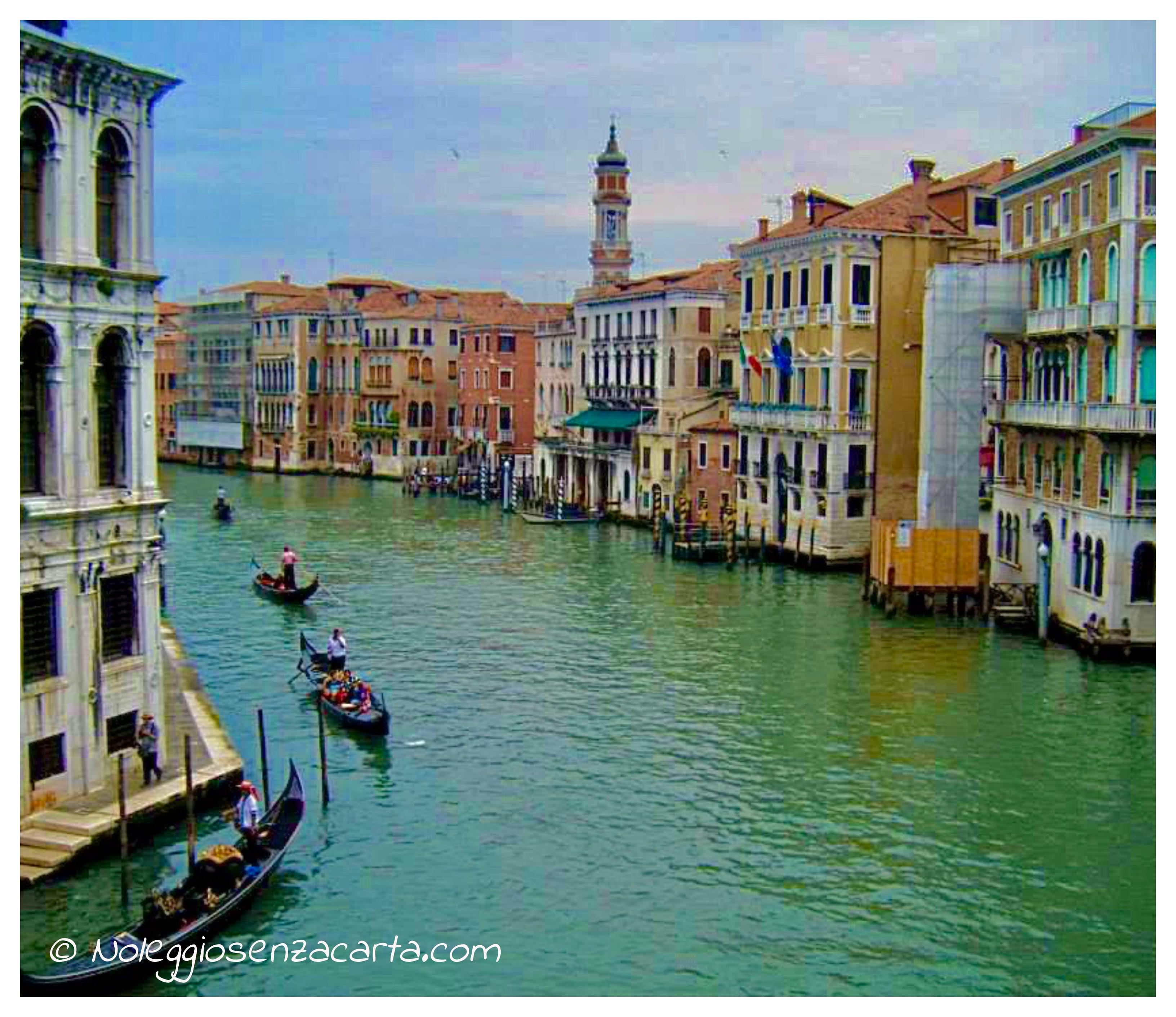 Alquiler coche Venecia sin tarjeta de crédito