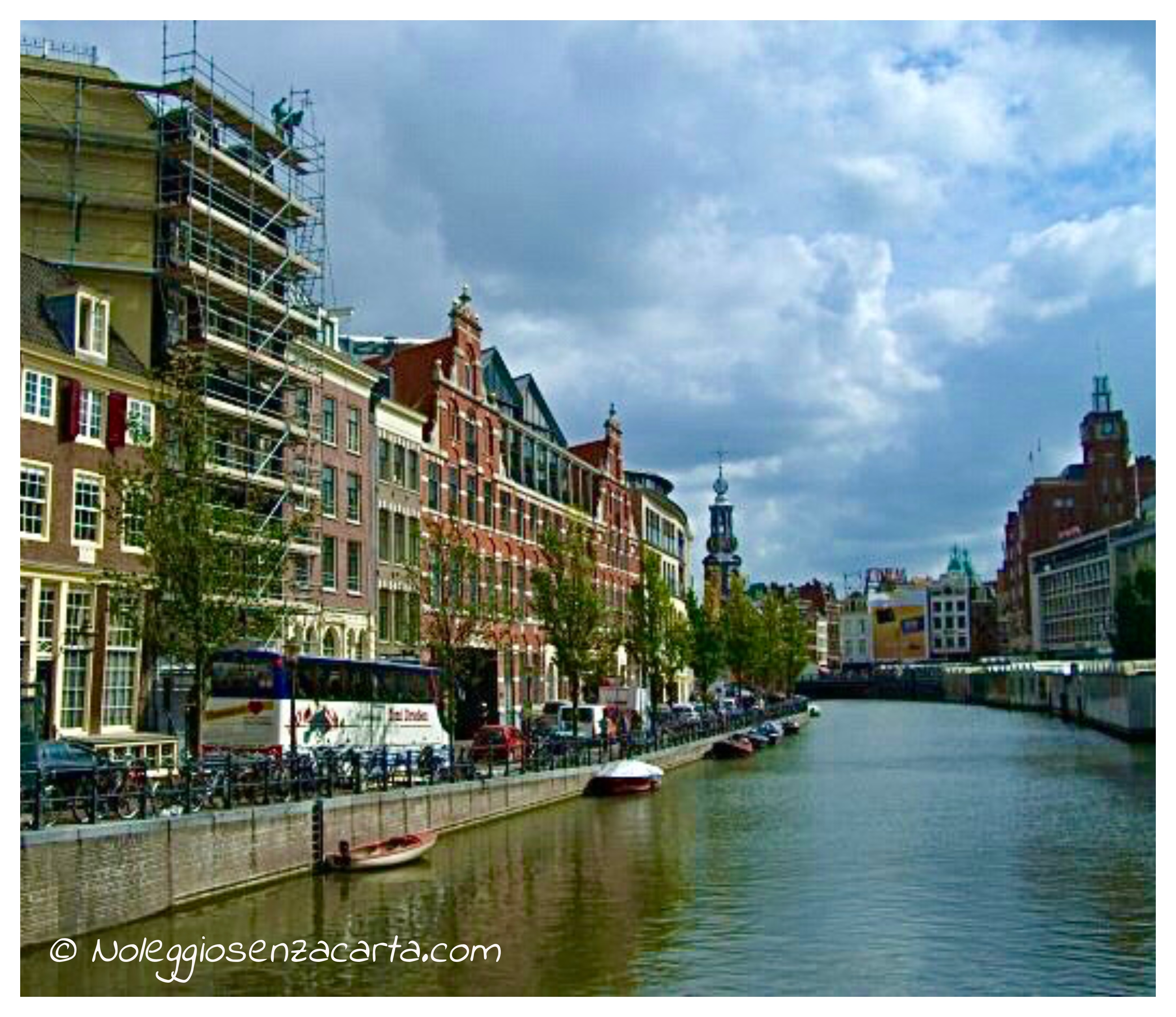 Alquiler coche Amsterdam sin tarjeta de crédito