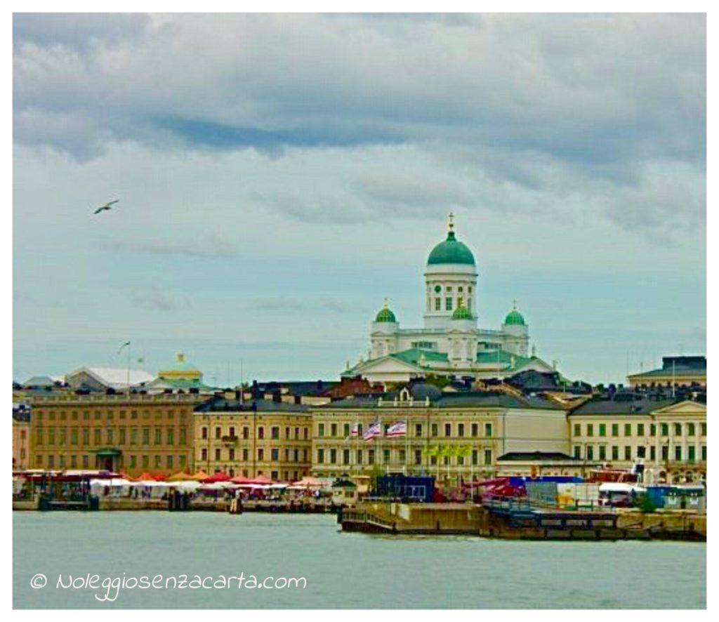 Alquiler coche sin tarjeta de crédito en Helsinki - Finlandia