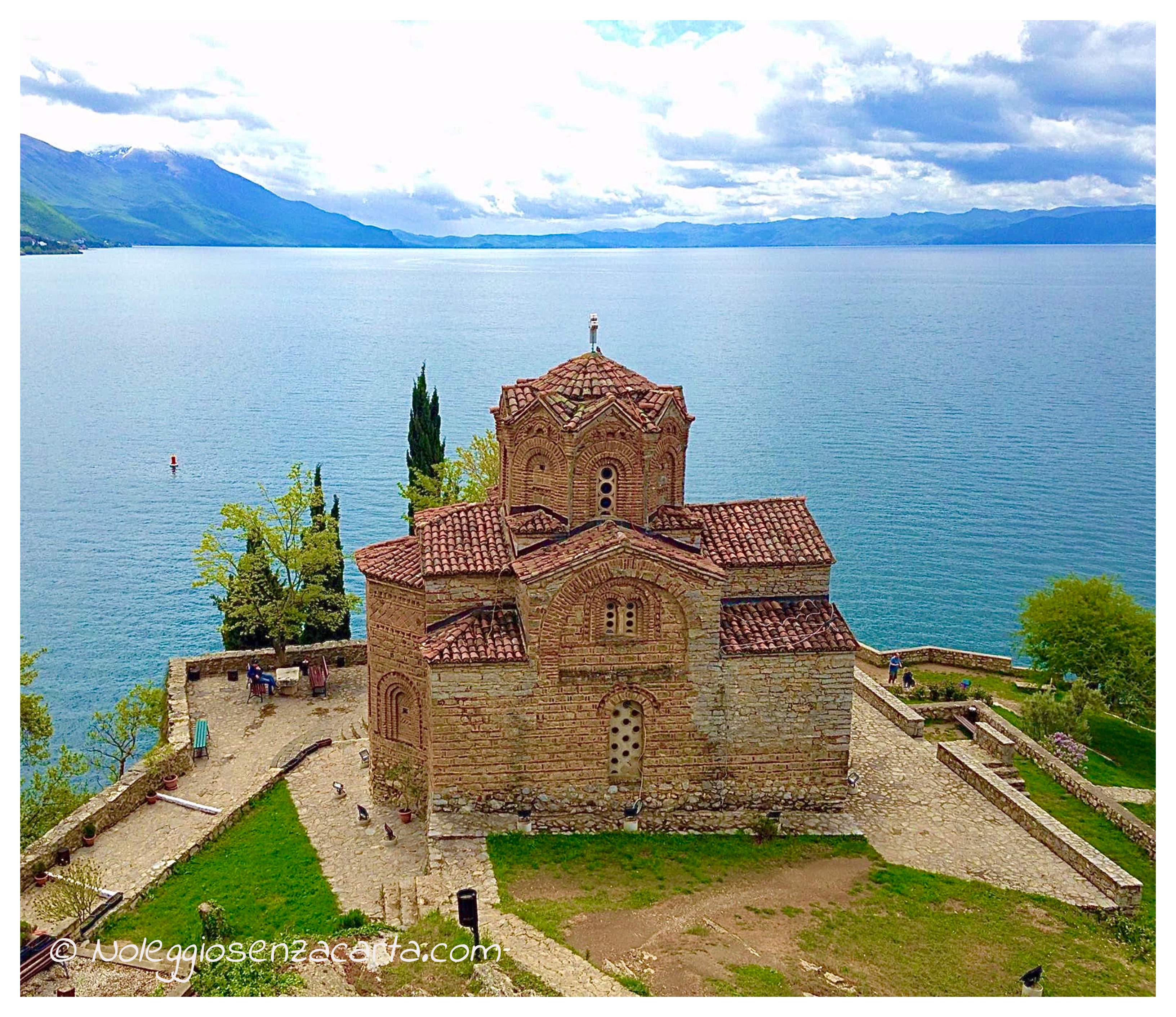 Alquiler coche sin tarjeta de crédito en Macedonia del Norte